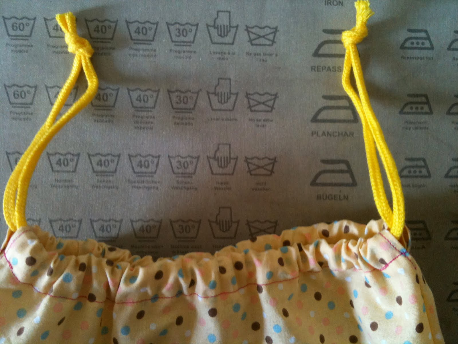 Ai Drawstring Bag with Tutorial | The Sew Convert