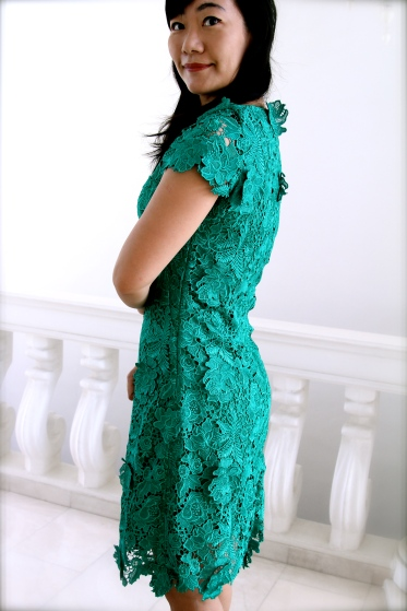 Green lace dress back