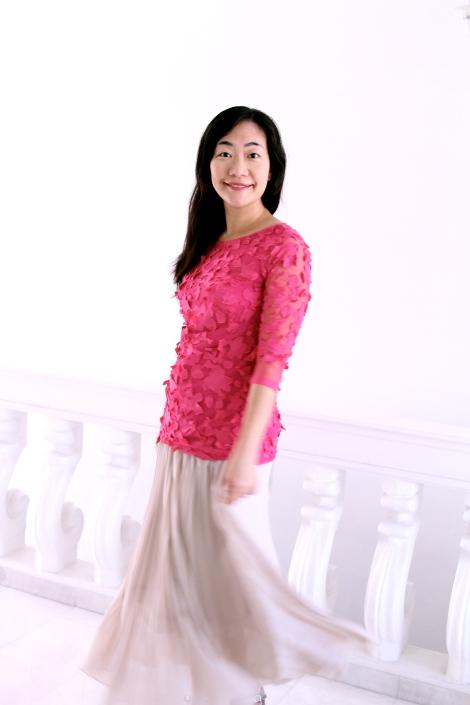 Petal mesh laurel blouse