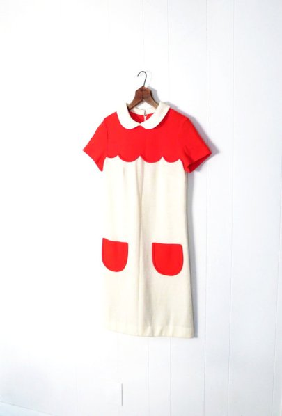Photo from http://smallearthvintage.blogspot.sg/2013/01/a-courreges-fashion-mystery-solved.html